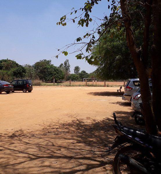 15 Parking Area