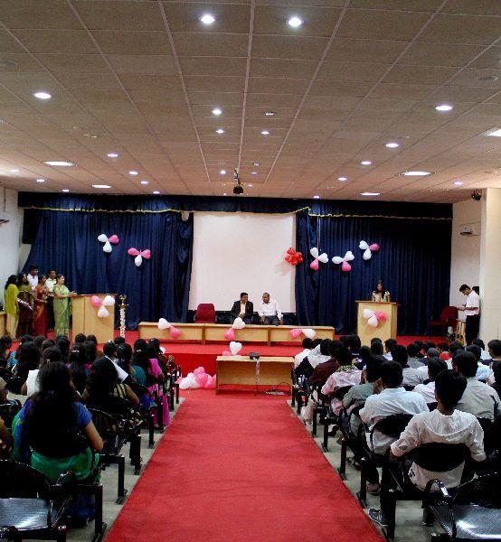 05 Mini Auditorium